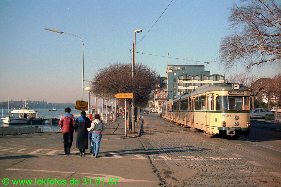 http://www.lokfotos.de/fotos/1987/0131/07132.jpg