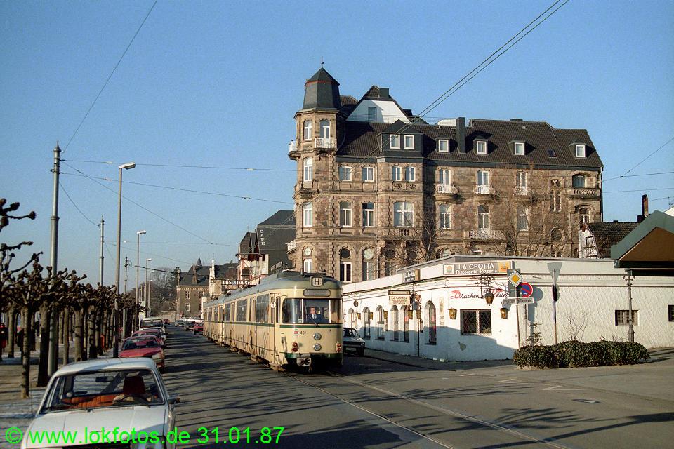 http://www.lokfotos.de/fotos/1987/0131/07134.jpg