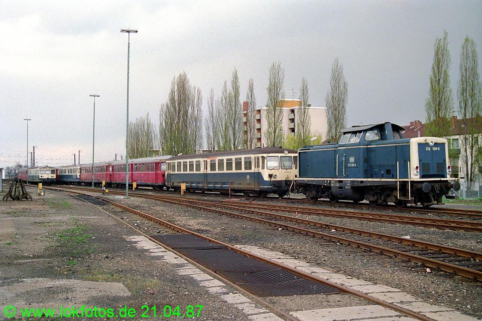 http://www.lokfotos.de/fotos/1987/0421/07204.jpg