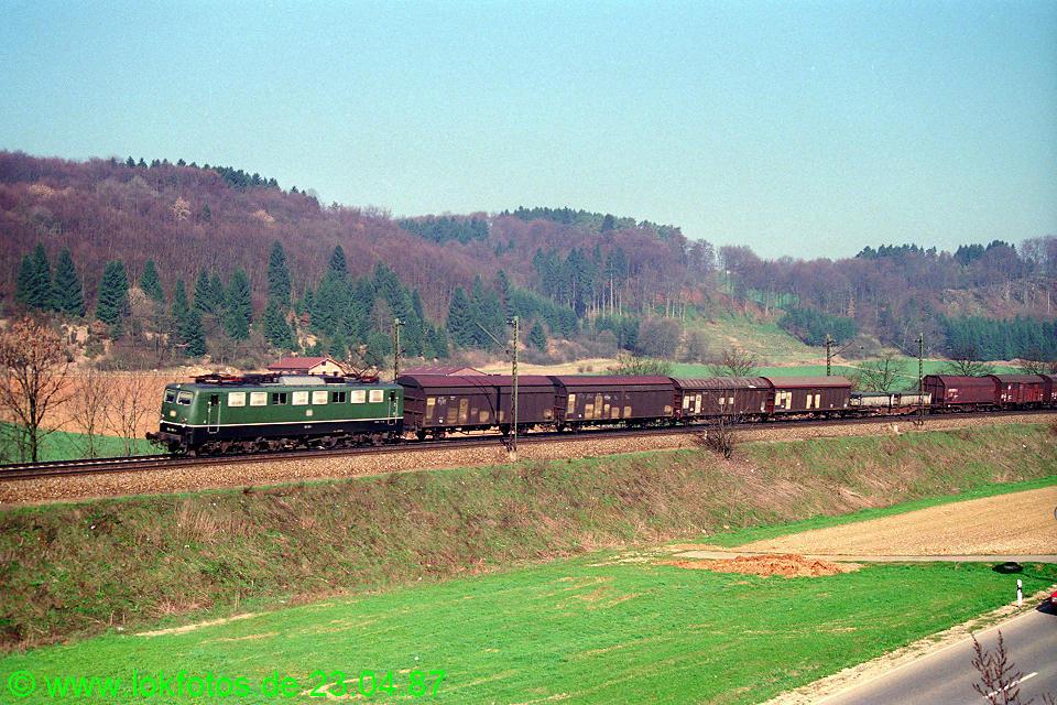 http://www.lokfotos.de/fotos/1987/0423/07344.jpg