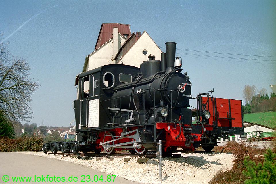 http://www.lokfotos.de/fotos/1987/0423/07366.jpg