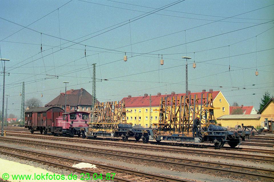 http://www.lokfotos.de/fotos/1987/0423/07374.jpg