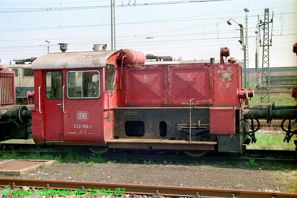 http://www.lokfotos.de/fotos/1987/0424/07412.jpg
