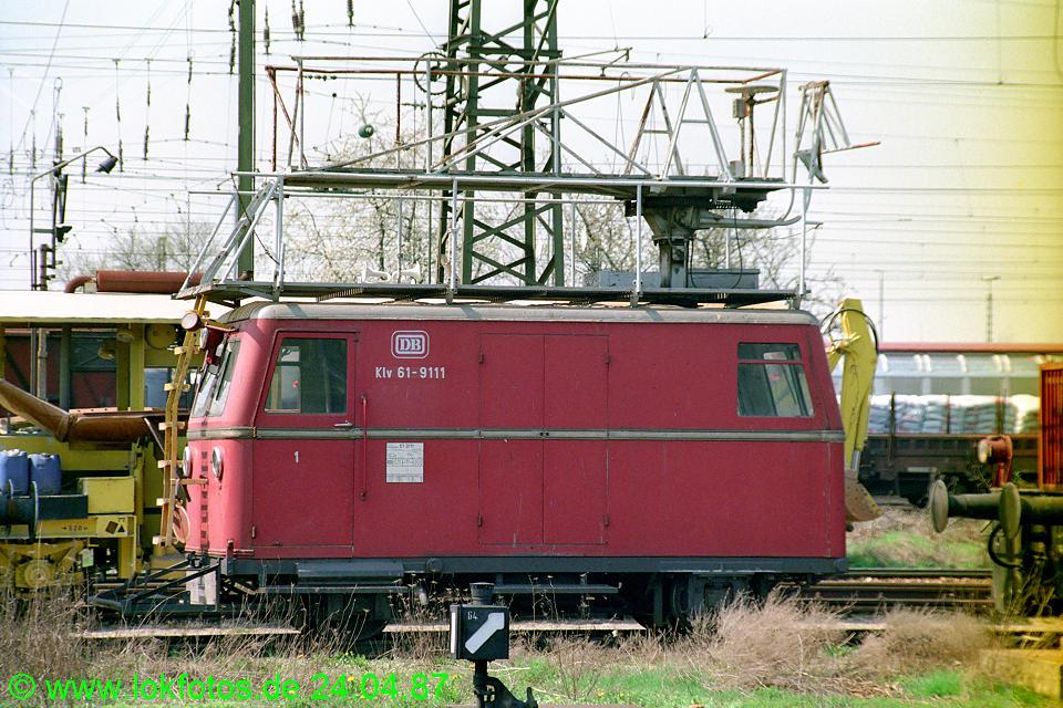 http://www.lokfotos.de/fotos/1987/0424/07416.jpg