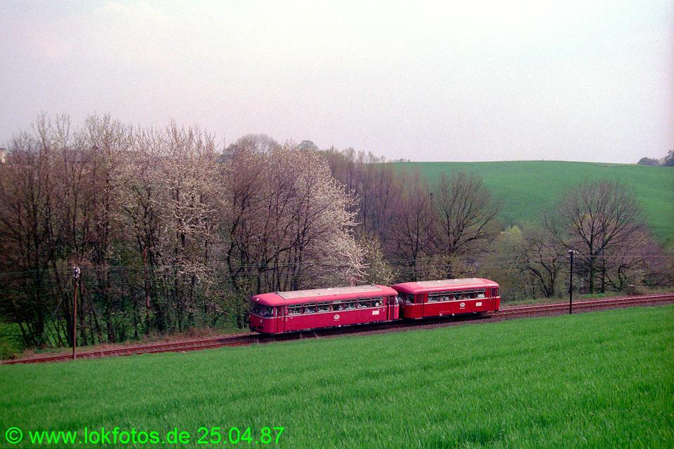 http://www.lokfotos.de/fotos/1987/0425/07434.jpg