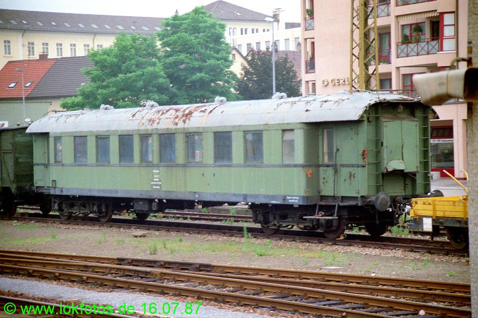 http://www.lokfotos.de/fotos/1987/0716/07463.jpg