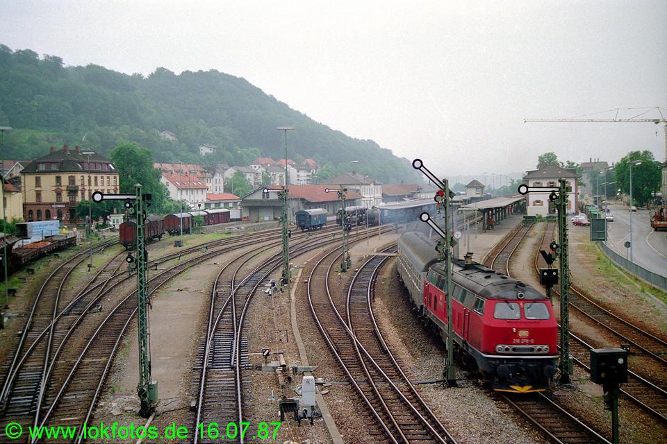http://www.lokfotos.de/fotos/1987/0716/07464.jpg