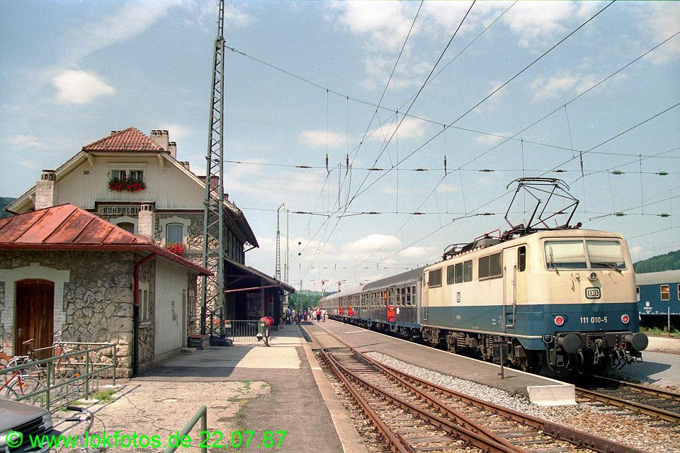 http://www.lokfotos.de/fotos/1987/0722/07565.jpg