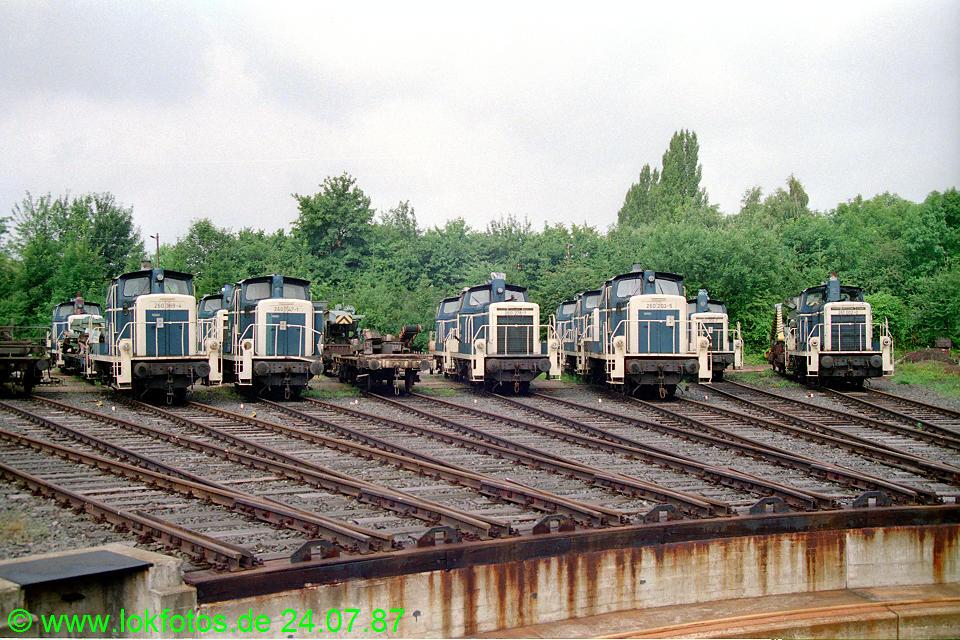 http://www.lokfotos.de/fotos/1987/0724/07595.jpg