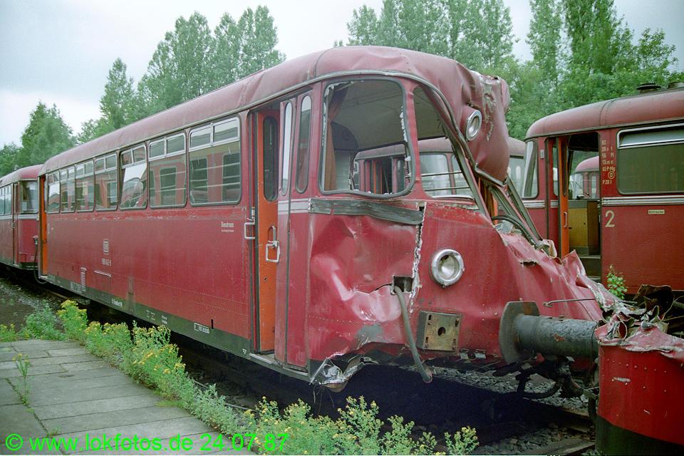 http://www.lokfotos.de/fotos/1987/0724/07663.jpg