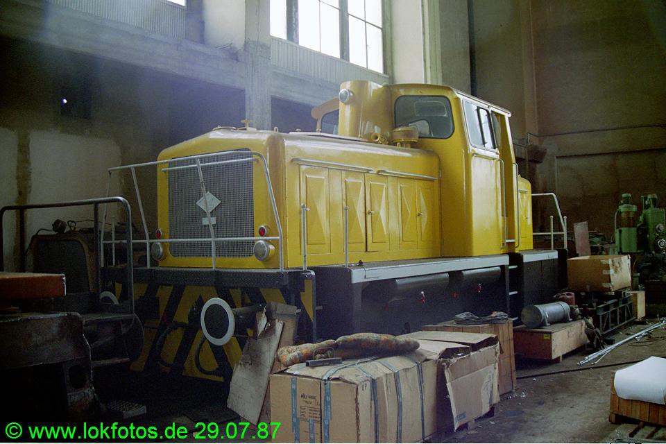 http://www.lokfotos.de/fotos/1987/0729/07701.jpg