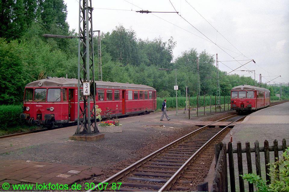 http://www.lokfotos.de/fotos/1987/0730/07735.jpg