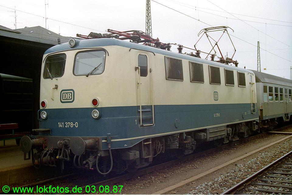 http://www.lokfotos.de/fotos/1987/0803/07816.jpg
