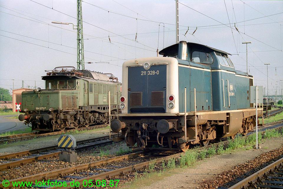 http://www.lokfotos.de/fotos/1987/0805/07836.jpg