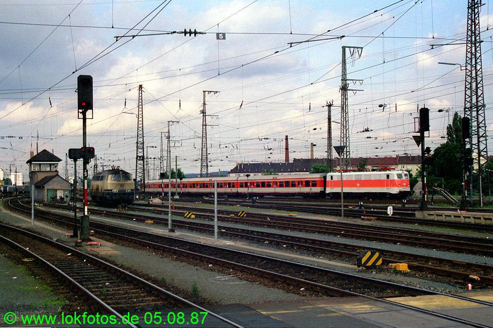 http://www.lokfotos.de/fotos/1987/0805/07918.jpg