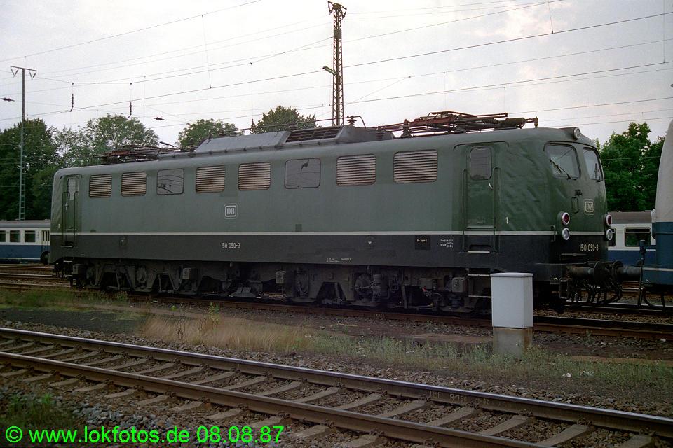 http://www.lokfotos.de/fotos/1987/0808/07945.jpg