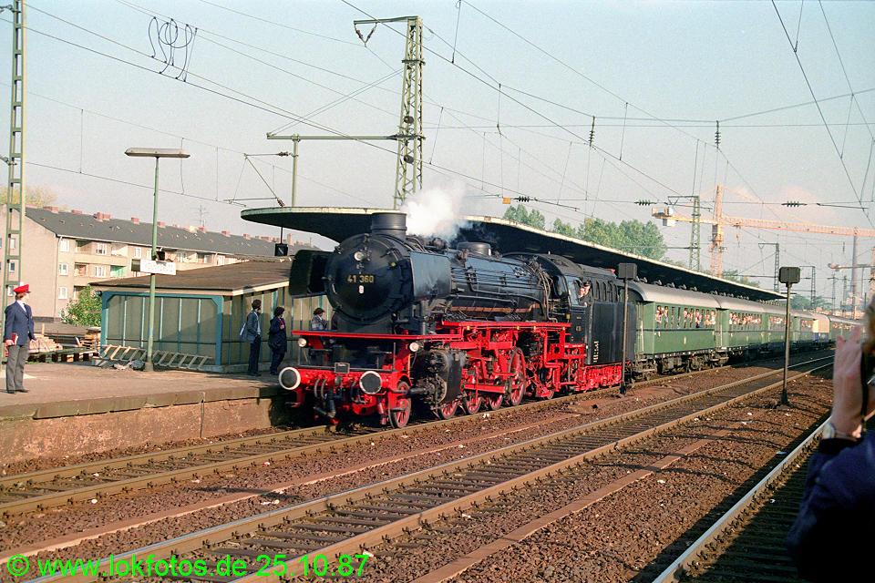 http://www.lokfotos.de/fotos/1987/1025/08130.jpg