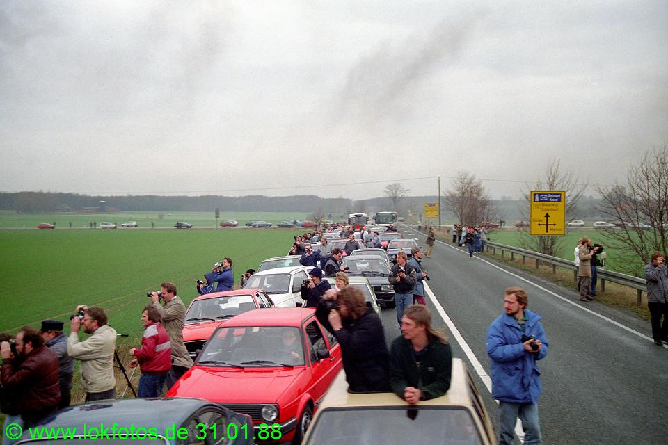 http://www.lokfotos.de/fotos/1988/0131/08163.jpg