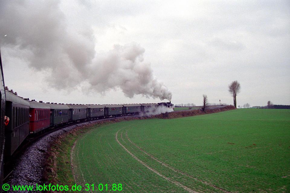 http://www.lokfotos.de/fotos/1988/0131/08165.jpg