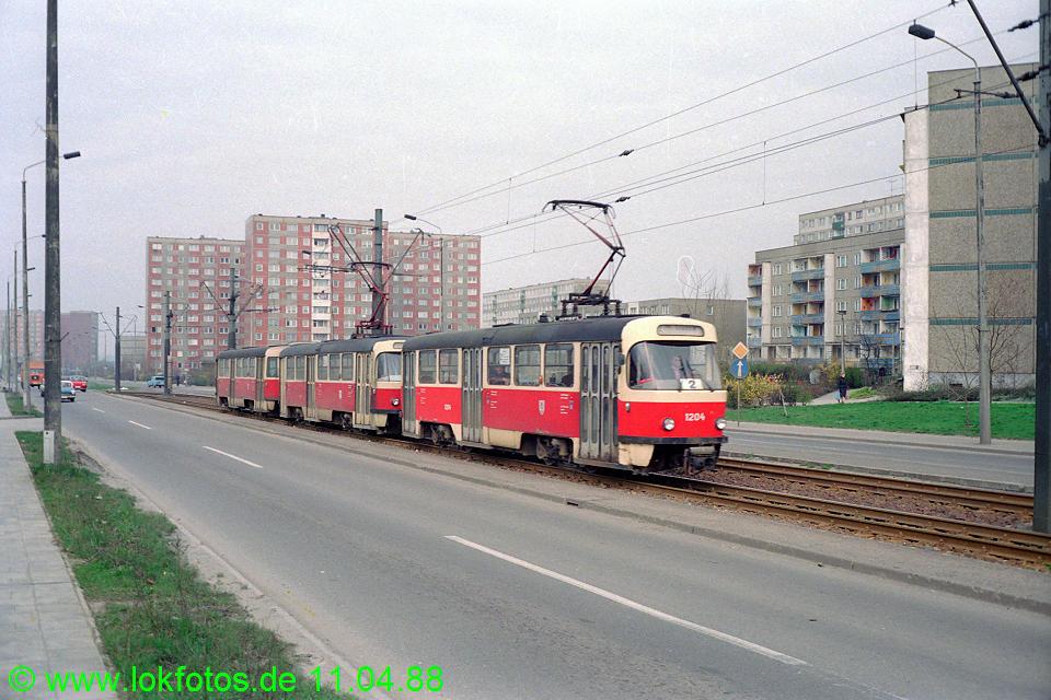 http://www.lokfotos.de/fotos/1988/0411/08211.jpg