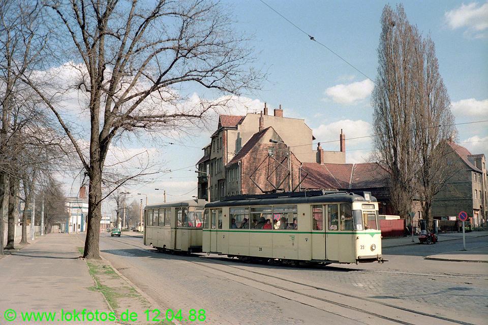http://www.lokfotos.de/fotos/1988/0412/08226.jpg