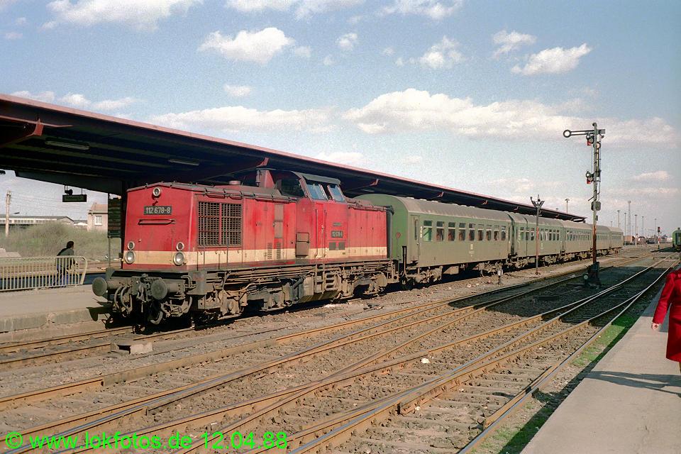 http://www.lokfotos.de/fotos/1988/0412/08230.jpg