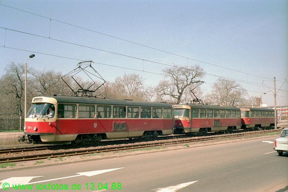 http://www.lokfotos.de/fotos/1988/0413/08248.jpg