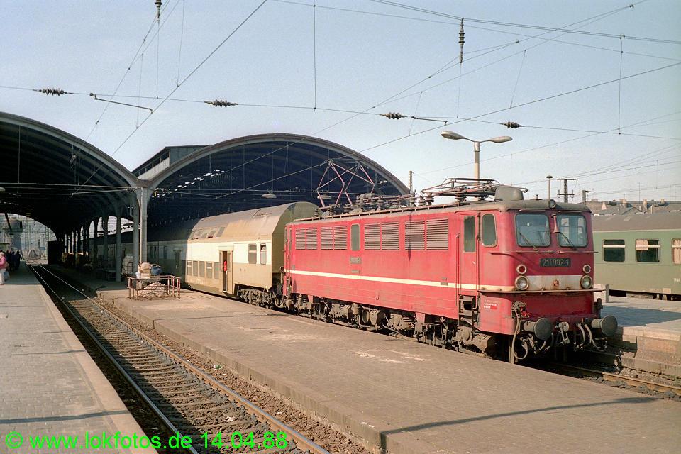 http://www.lokfotos.de/fotos/1988/0414/08254.jpg