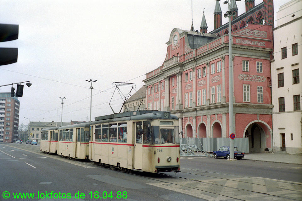 http://www.lokfotos.de/fotos/1988/0418/08263.jpg