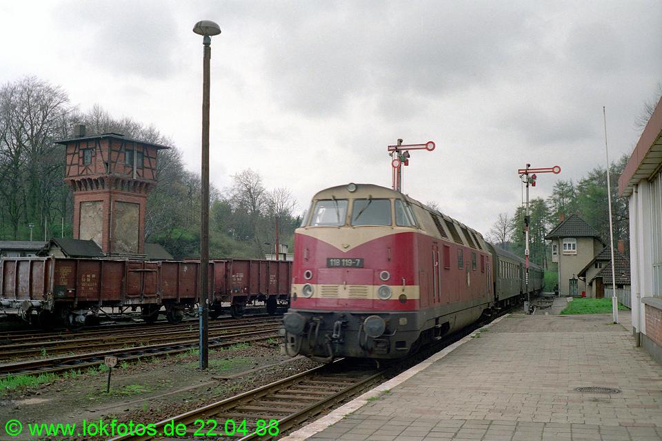 http://www.lokfotos.de/fotos/1988/0422/08281.jpg
