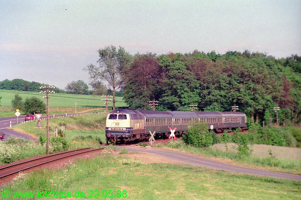 http://www.lokfotos.de/fotos/1988/0522/08341.jpg