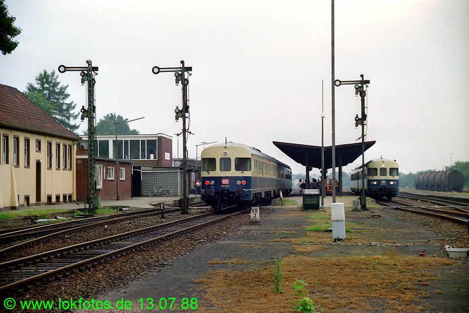 http://www.lokfotos.de/fotos/1988/0713/08503.jpg
