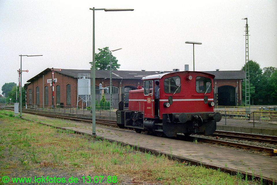 http://www.lokfotos.de/fotos/1988/0713/08507.jpg