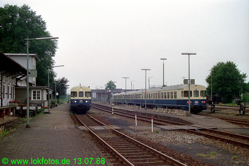 http://www.lokfotos.de/fotos/1988/0713/08511.jpg