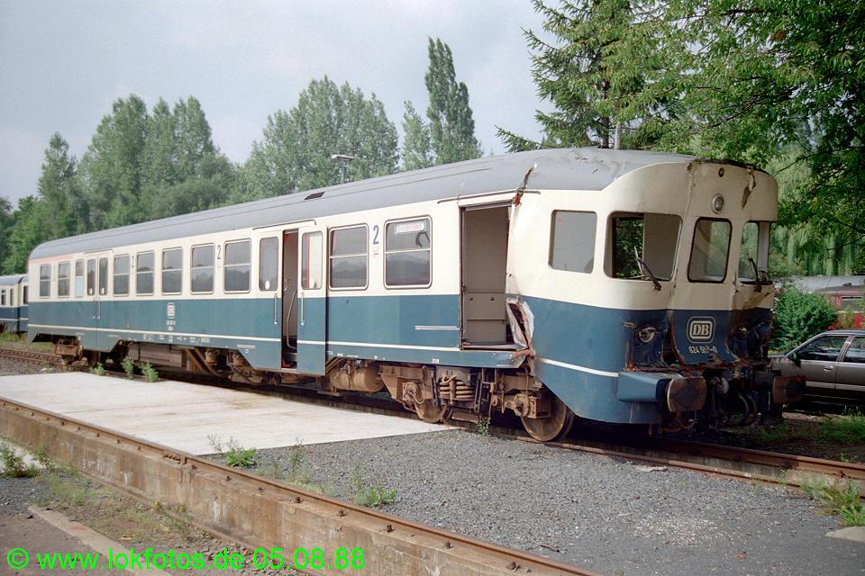 http://www.lokfotos.de/fotos/1988/0805/08825.jpg