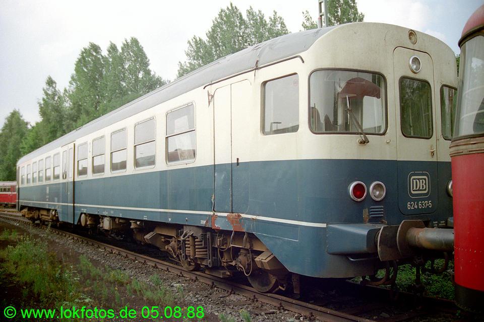 http://www.lokfotos.de/fotos/1988/0805/08827.jpg