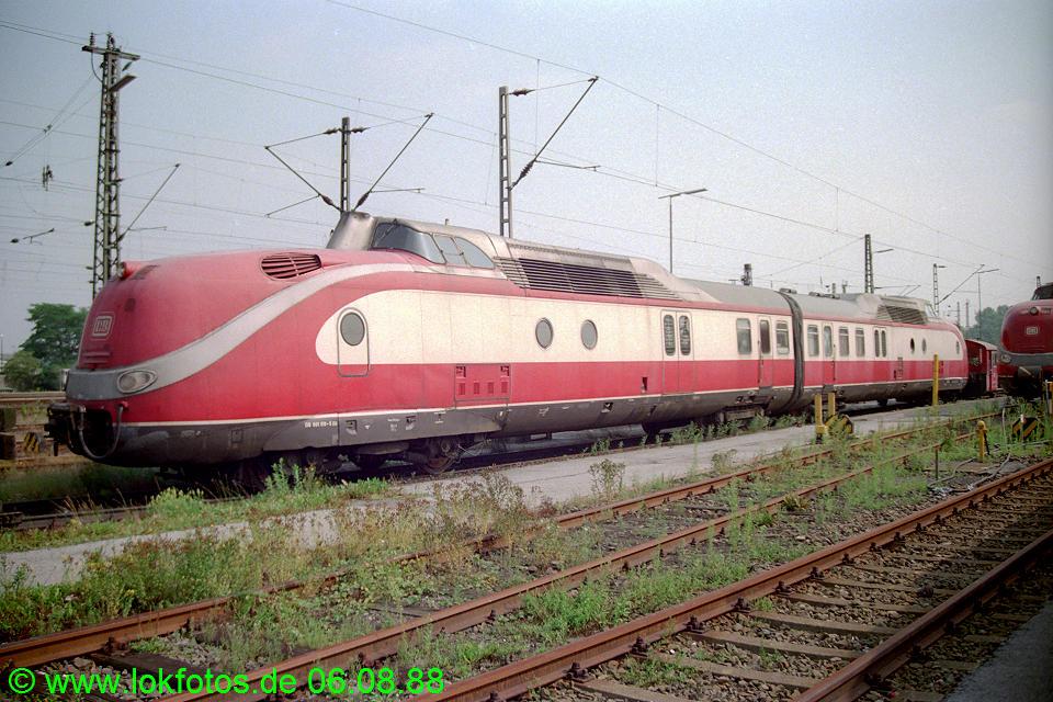 http://www.lokfotos.de/fotos/1988/0806/08898.jpg