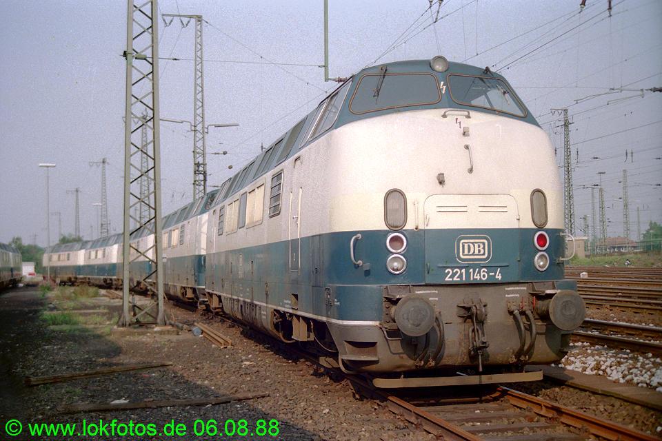 http://www.lokfotos.de/fotos/1988/0806/08913.jpg