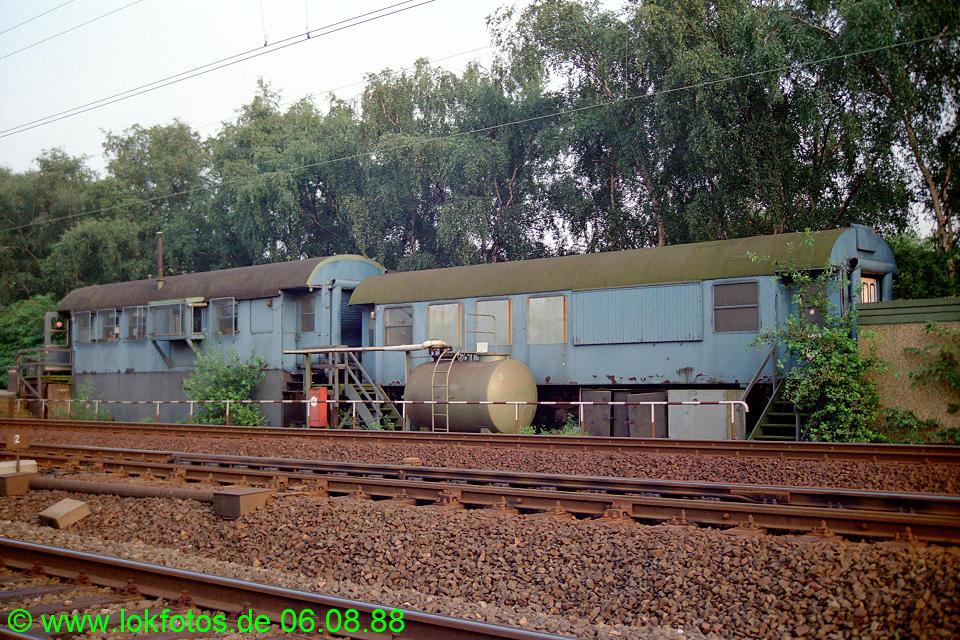 http://www.lokfotos.de/fotos/1988/0806/08922.jpg