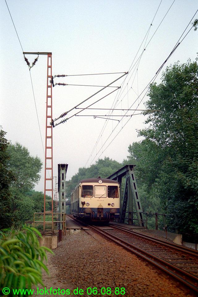 http://www.lokfotos.de/fotos/1988/0806/08924.jpg