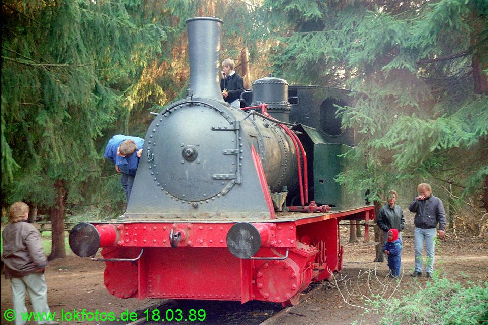 http://www.lokfotos.de/fotos/1989/0318/09230.jpg