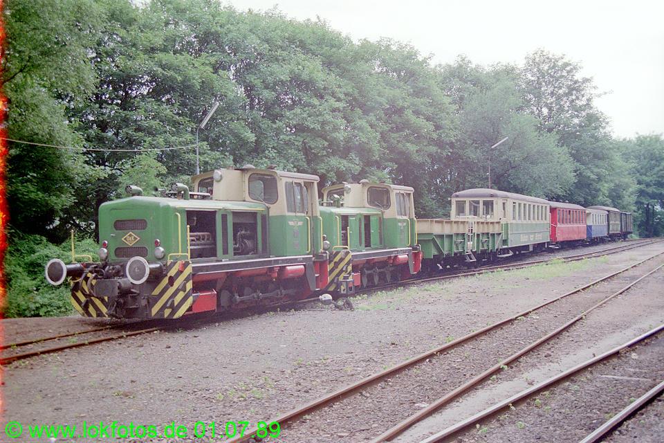 http://www.lokfotos.de/fotos/1989/0701/09377.jpg