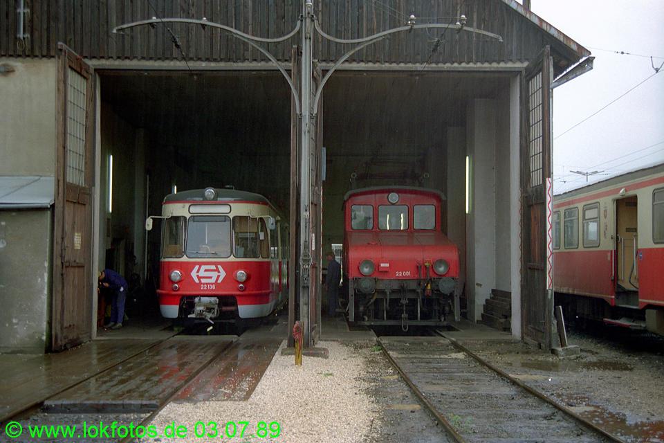http://www.lokfotos.de/fotos/1989/0703/09423.jpg