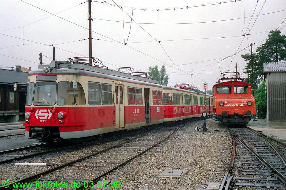 http://www.lokfotos.de/fotos/1989/0703/09424.jpg