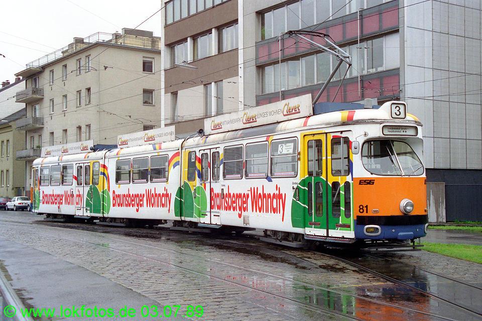 http://www.lokfotos.de/fotos/1989/0703/09432.jpg