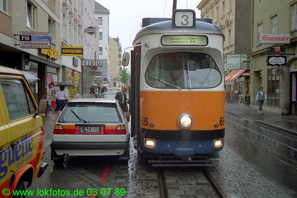 http://www.lokfotos.de/fotos/1989/0703/09433.jpg