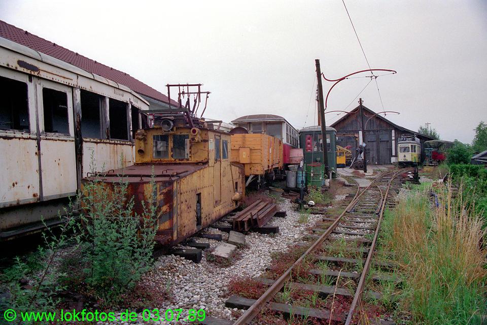 http://www.lokfotos.de/fotos/1989/0703/09446.jpg