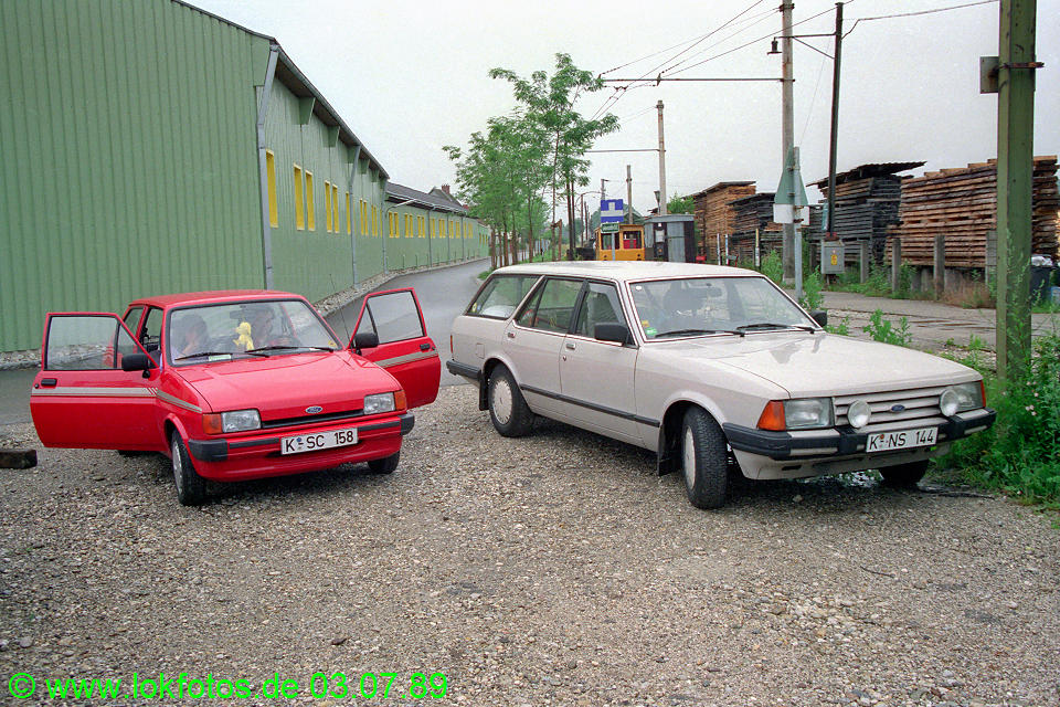 http://www.lokfotos.de/fotos/1989/0703/09453.jpg
