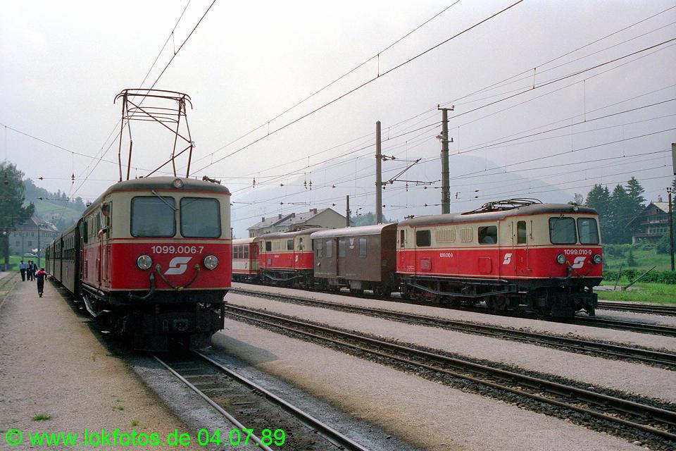 http://www.lokfotos.de/fotos/1989/0704/09482.jpg