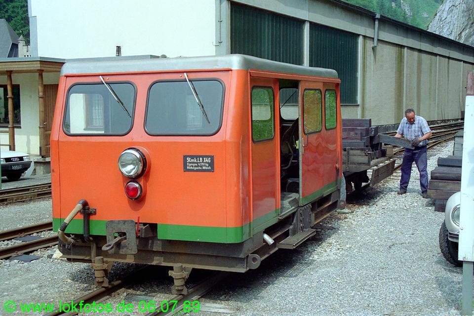 http://www.lokfotos.de/fotos/1989/0706/09533.jpg